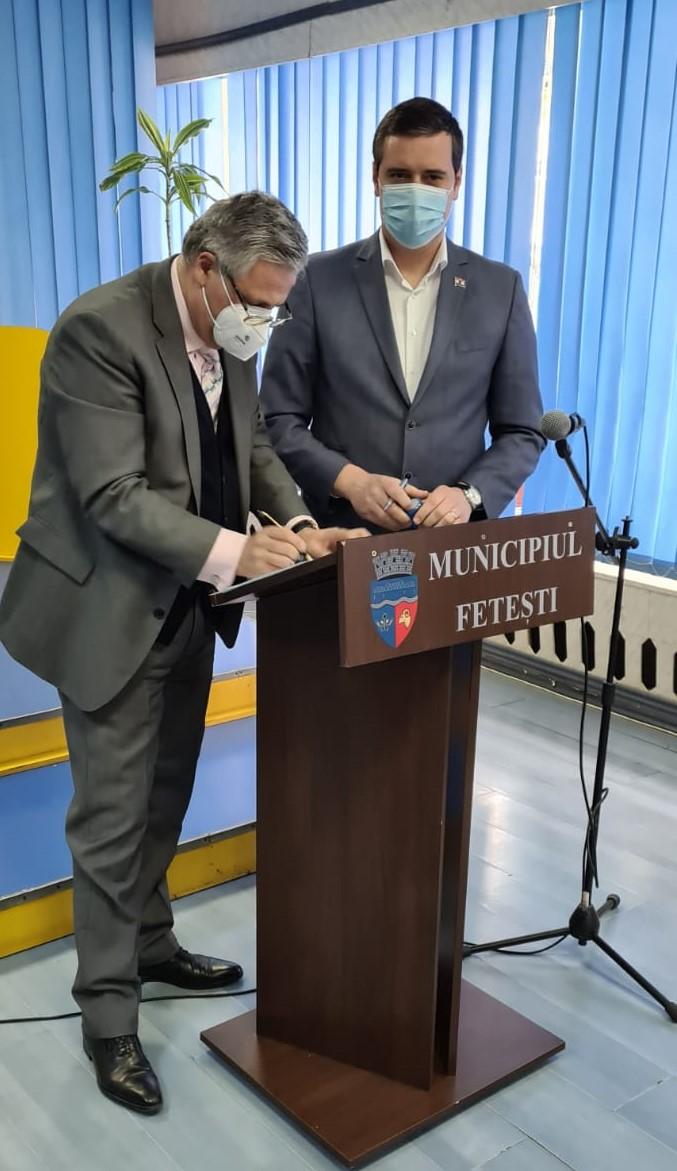 Investiții Regio pentru revitalizarea fizică, economică și socială a comunităților defavorizate din municipiul Fetești